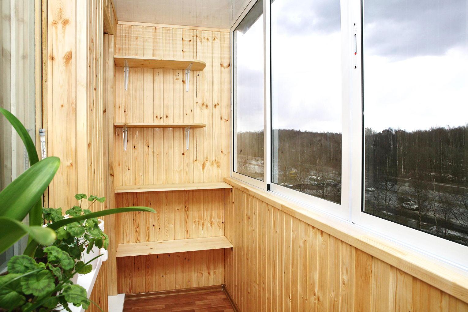 Как сделать из балкона лоджию.